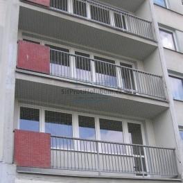 Síť proti holubům na balkon / lodžie 3,95 x 1,80m